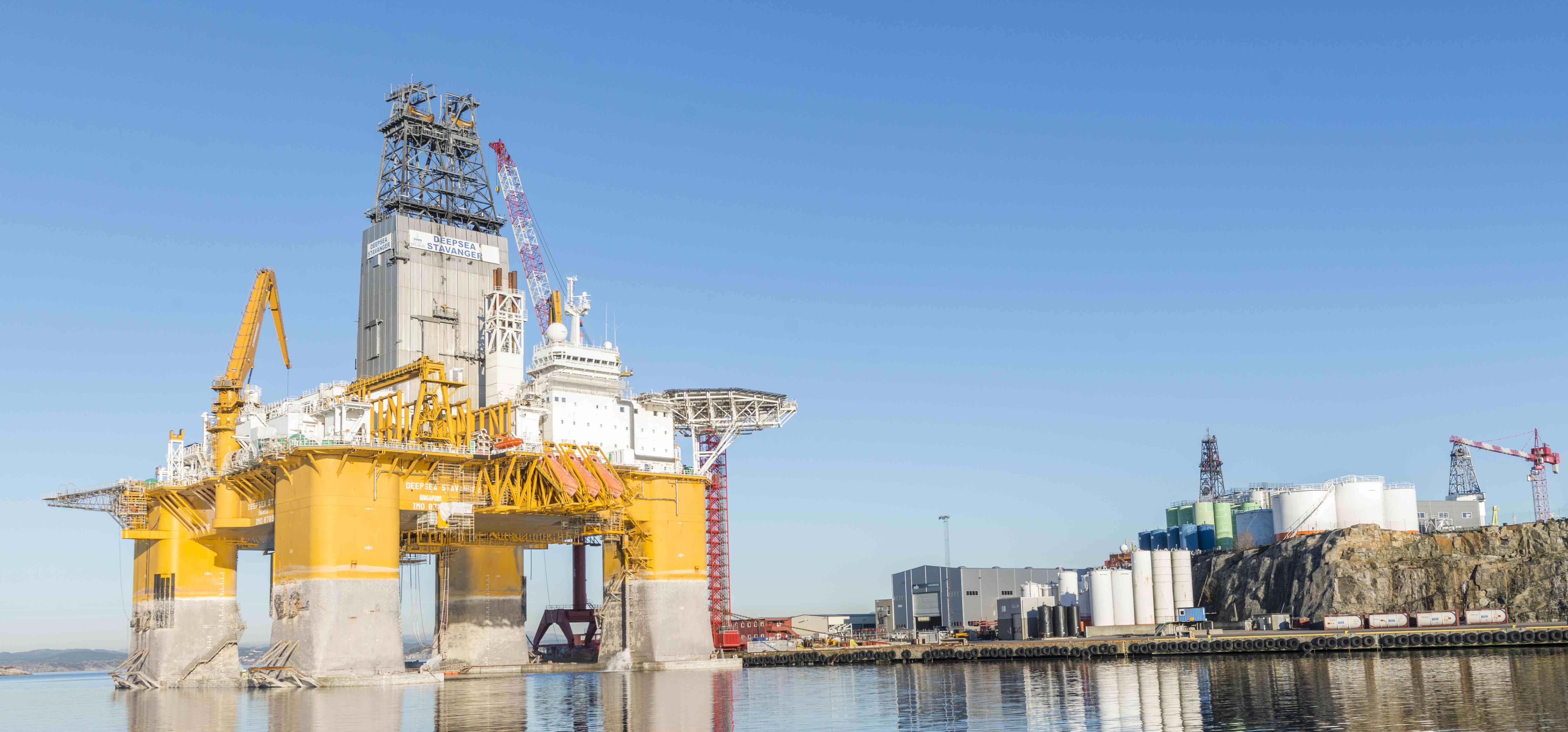 Deepsea Stavanger-1.jpg